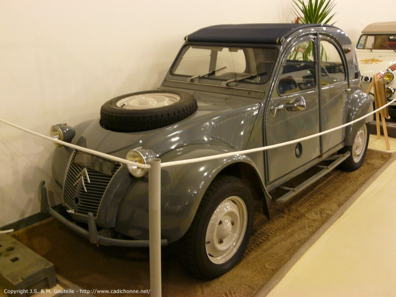 2CV Sahara Michelin